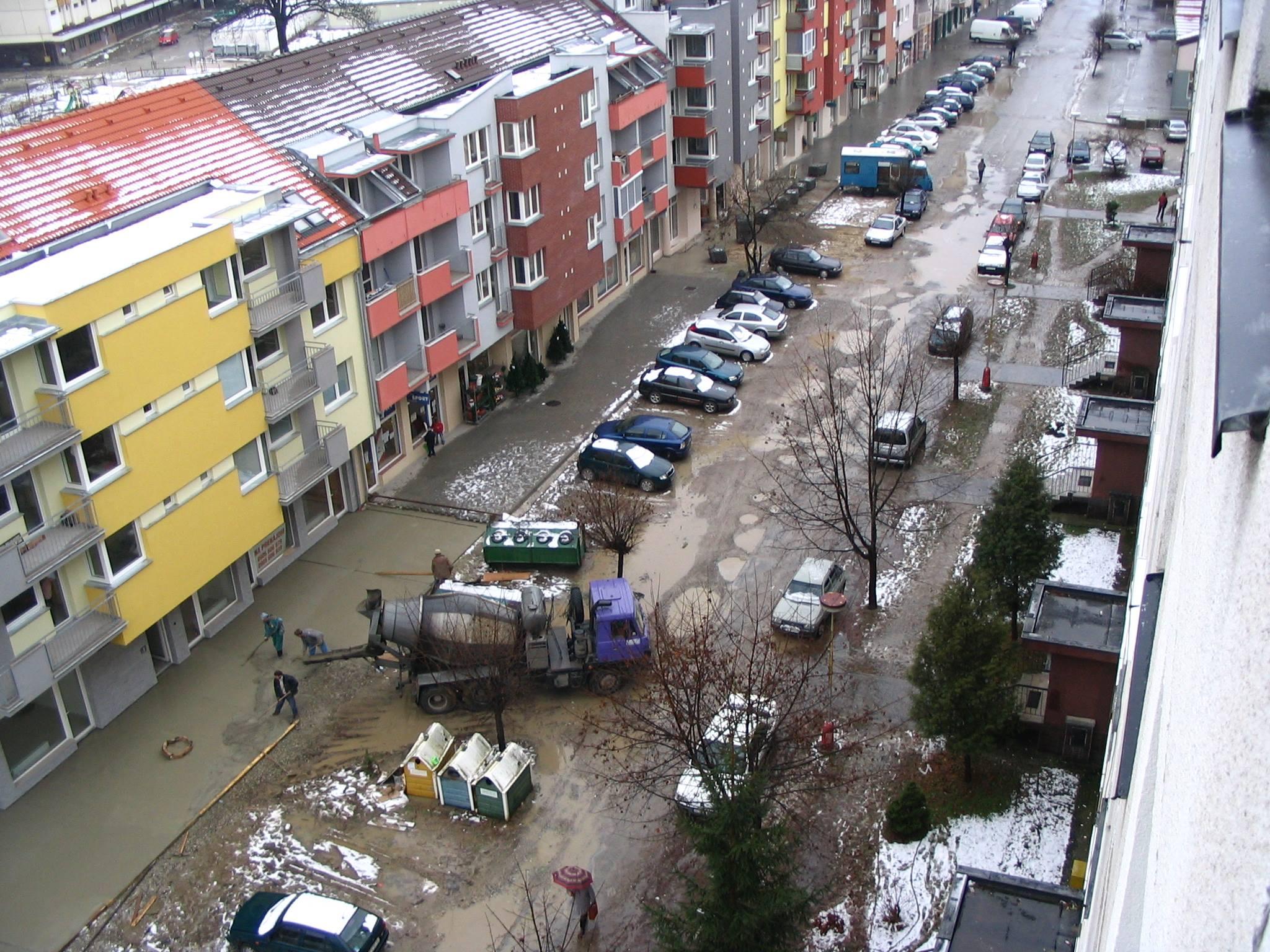 Moravská ulica v decembri roku 2005 od pána Antona Hrbáčka