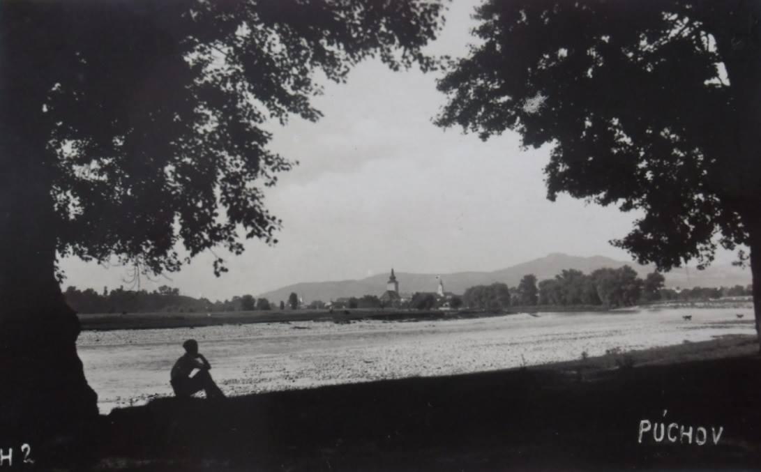 Púchov nad Váhom na prelome 30. a 40. rokov minulého storočia