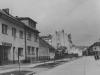 Dnešná Ulica 1. mája zachytená na začiatku 50. rokov minulého storočia, v tom čase ešte ako Ulica Červenej armády