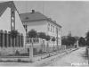 Funkcionalistická budová dnešnej Základnej umeleckej školy z 30. rokov minulého storočiana Poštovej ulici