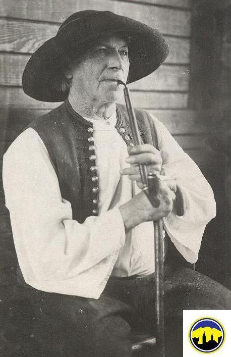 Muž v kroji z Púchovskej doliny v prvej polovici 20. storočia