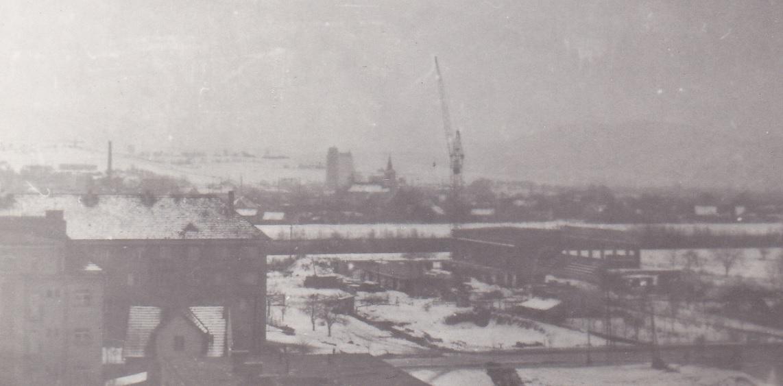 Výstavba volejbalovej športovej haly v Púchove v roku 1970