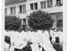 Seniorátny zjazd mládeže 1. júna 1940 zachytený pred Okresným sociálne-zdravotným domom (dnes detský domov na Štefánikovej ulici)