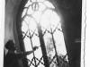 Oprava zničeného okna evanjelického kostola v PU po výbuchu mosta 30. 4. 1945 - Emil Tvrdoň