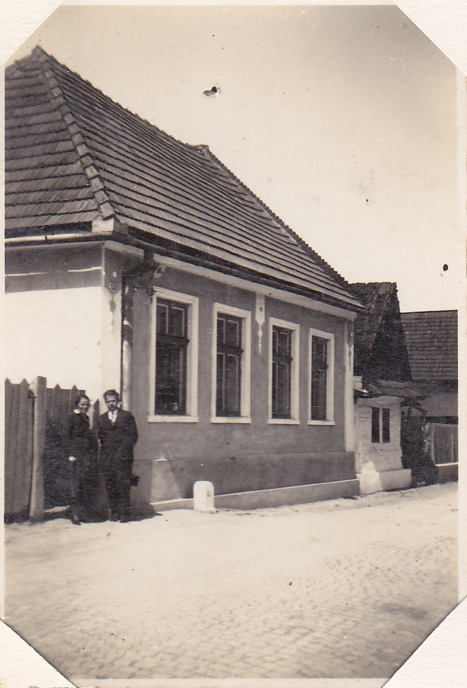 Domy na Mudroňovej ulici (od križovatky s Moravskou smerom na Nimnicu) v 30. rokoch minulého storočia