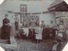 Krajčírska dieľňa v Púchove v roku 1908 (perom zľava označené: p. A. Krošláková - rod. Jelčicová, p. Plánovská, p. A. Mitanová)