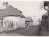 Domčeky na Mudroňovej ulici od križovatky s Moravskou ul. (pohľad smerom na Nimnicu) cca 60. roky minulého storočia