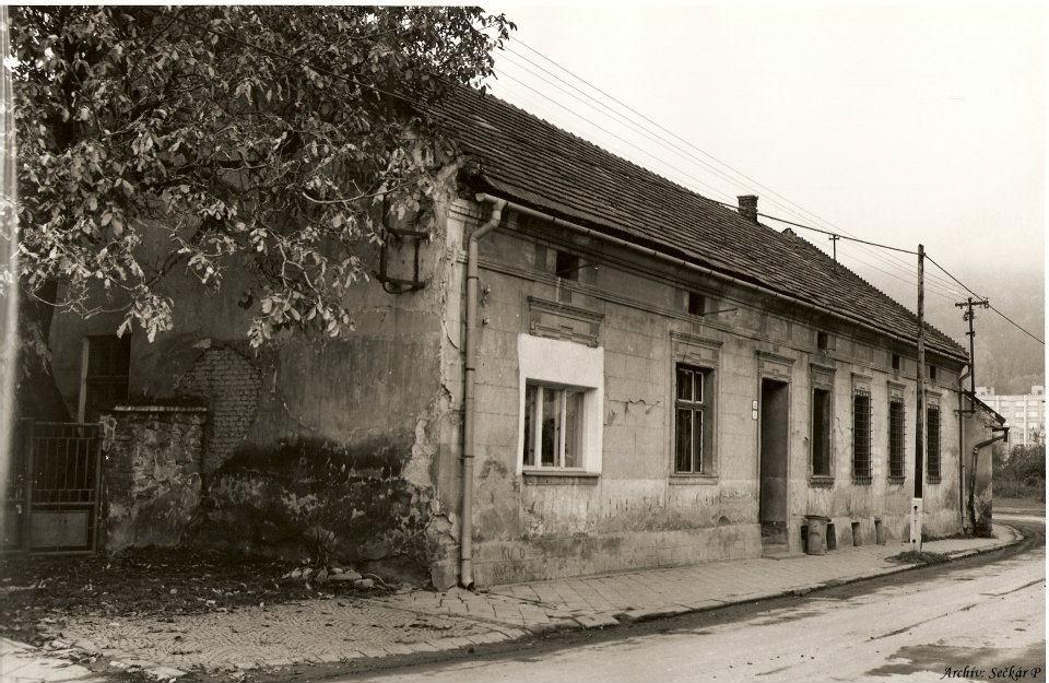 križovatka Námestie slobody a Komenského ul. (dnešný