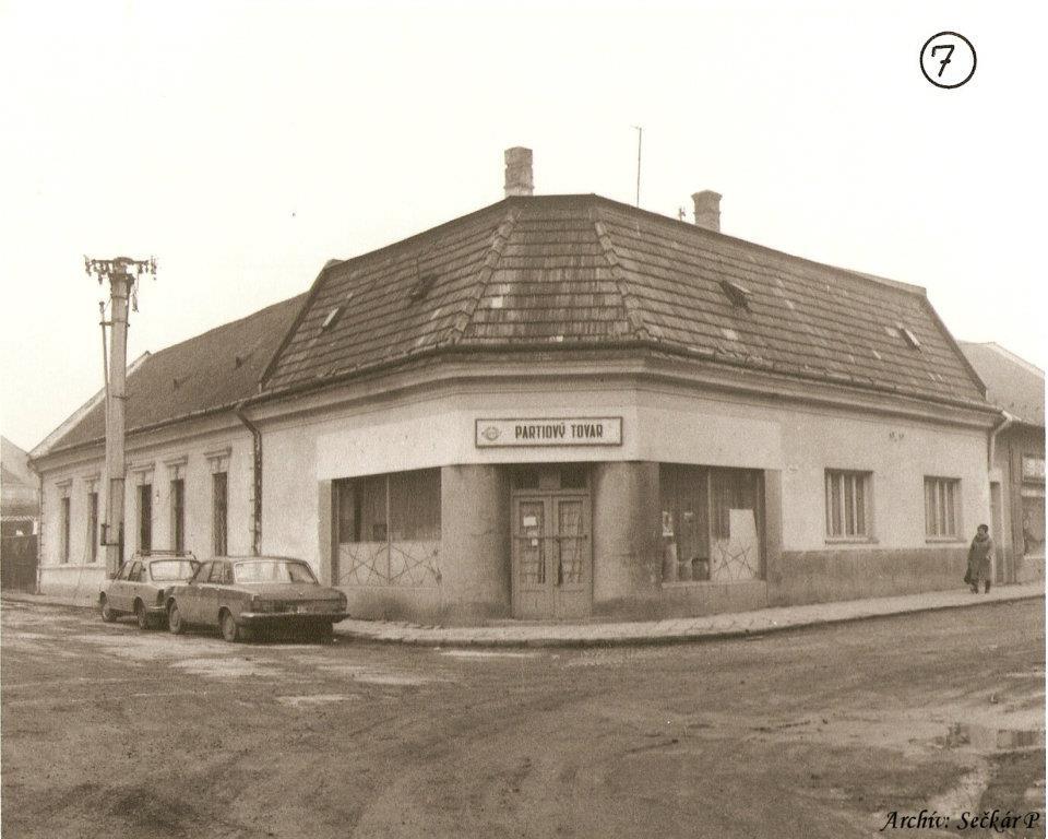 roh Moravskej a Moyzesovej ul.(pešej z.) - dom pána Urbana