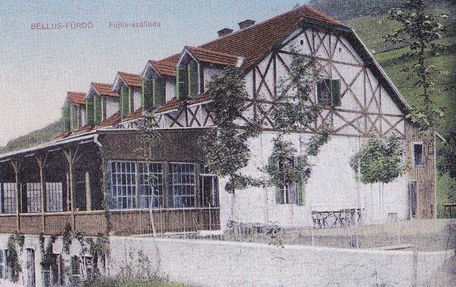 Pohľad na budovu Hotela Fojtík v Belušských Slatinách v roku 1912