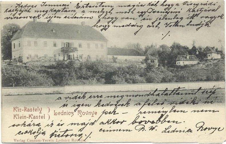 Tzv. Malý kaštieľ (fotografia z 19. storočia) na Led. Rovniach v lokalite Staré Dvory, ktorý v súčasnosti slúži ako obytný dom