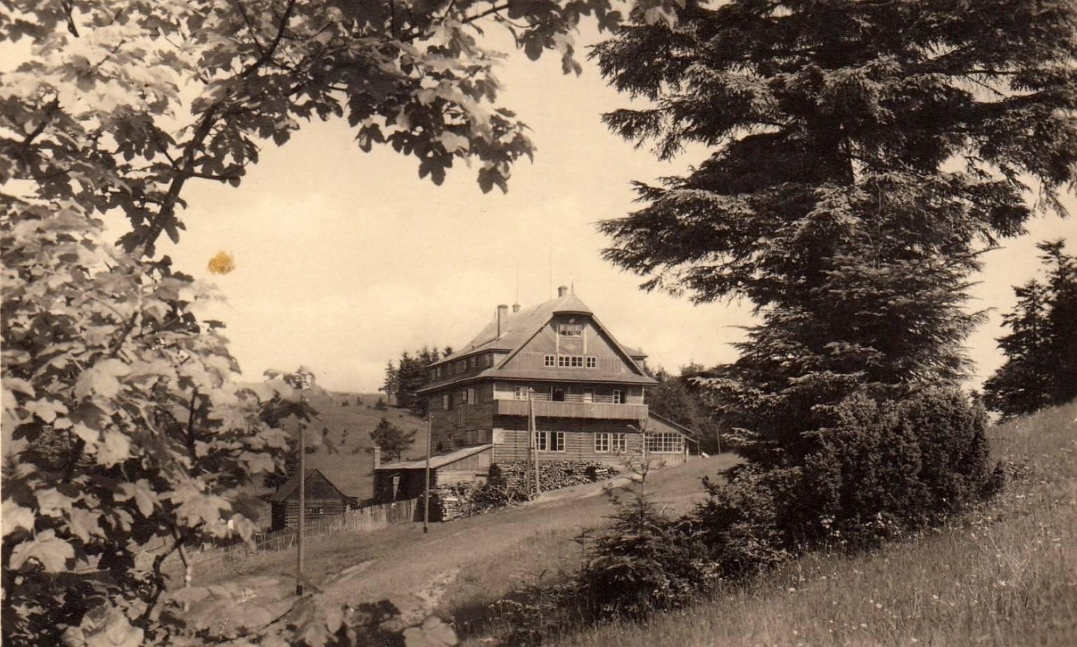 Chata Portáš v roku 1943