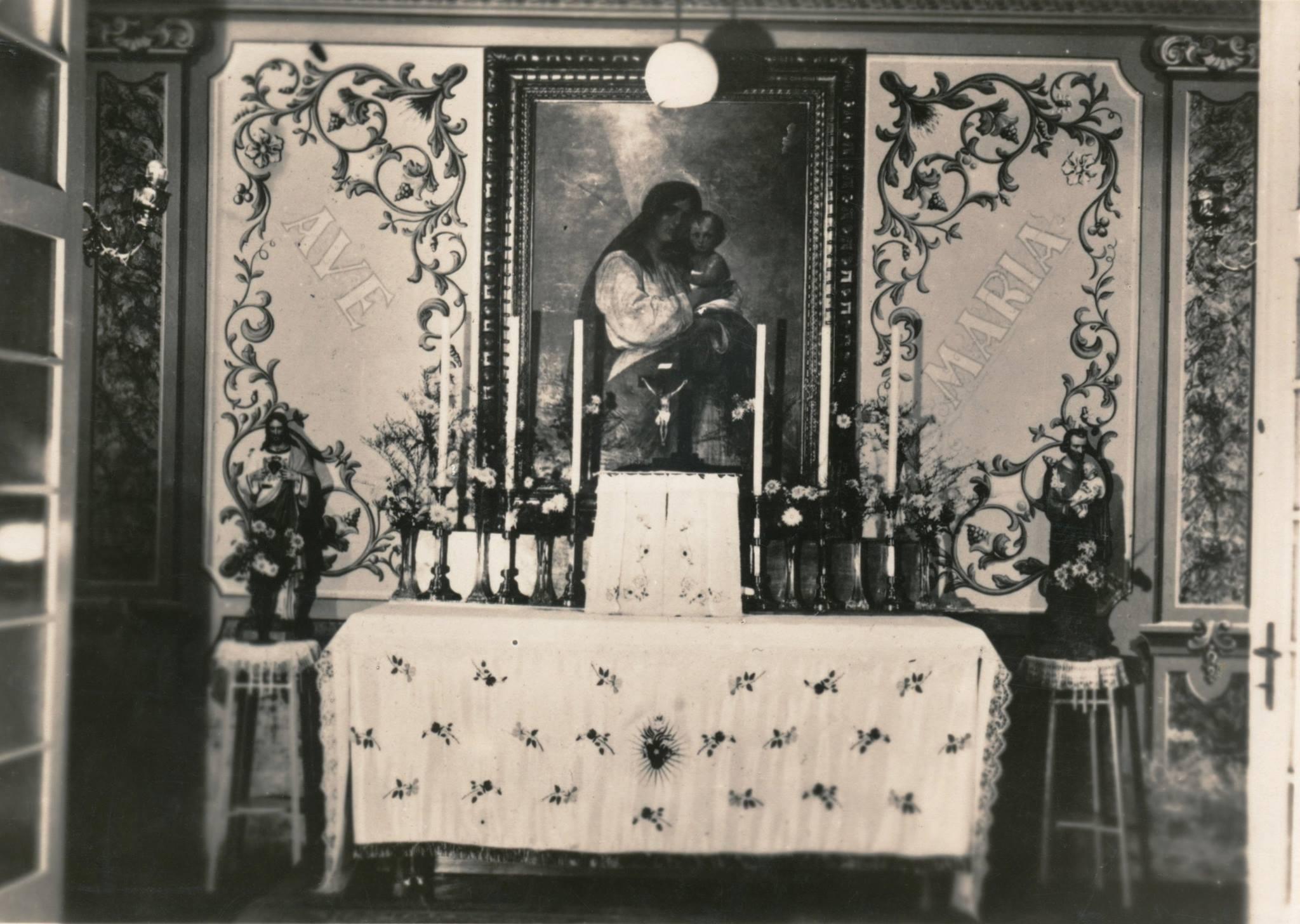 Pôvodný oltár xercičnej kaplnke v Alžbetíne v Beluš. Slatinách