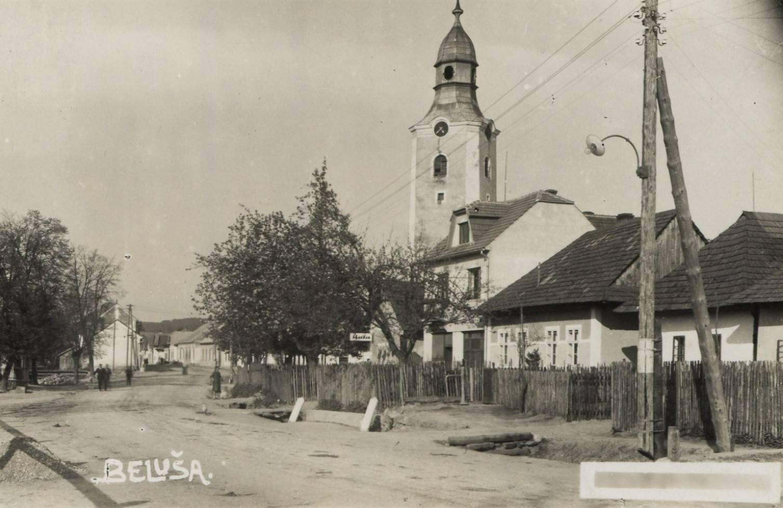 Kostol sv. Alžbety v Beluši v 30. rokoch 20. storočia