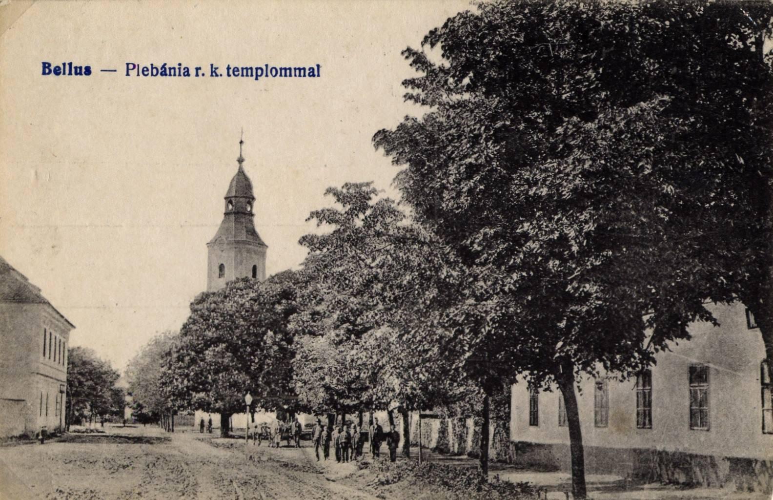 Farská ulica v Beluši na začiatku 20. storočia