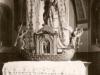 Kostol sv. Bartolomeja v Lúkach: fotografia je z roku 1940, pričom oltár v tvare lode bol vymenený počas 2. svetovej vojny