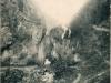 Tzv. kamenné vráta medzi Belušskými Slatinami a Mojtínom v roku 1918