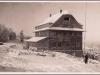 Chata Portáš na hrebeni Javorníkov v zime roku 1933