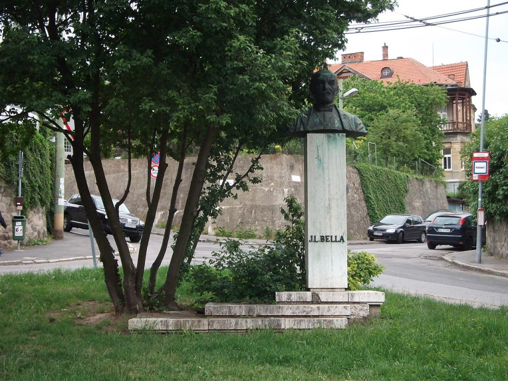 1280px-Pomník_-_Ján_Levoslav_Bella