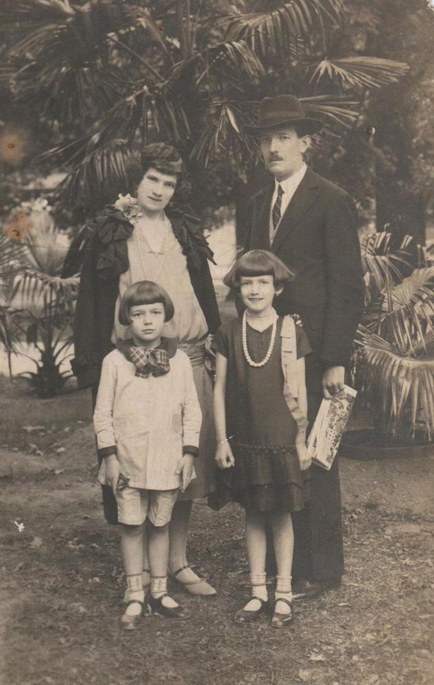 24V_Roy_srodinou_1928